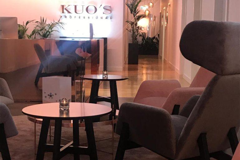 Instytut Kuo's Professional to przepiękne, ultraluksusowe spa w Warszawie specjalizujące się w pielęgnacji antiaging. Wnętrze urządzone przez @tatemono urzeka urodą i totalnie trendy kolorami jak różowe złoto, biel i szarości