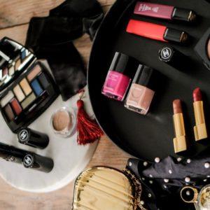 Elektryzujące kolory. Wiosenny makijaż Chanel