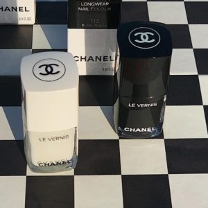 Makijaż od Chanel? Najnowsza kolekcja Noir et Blanc