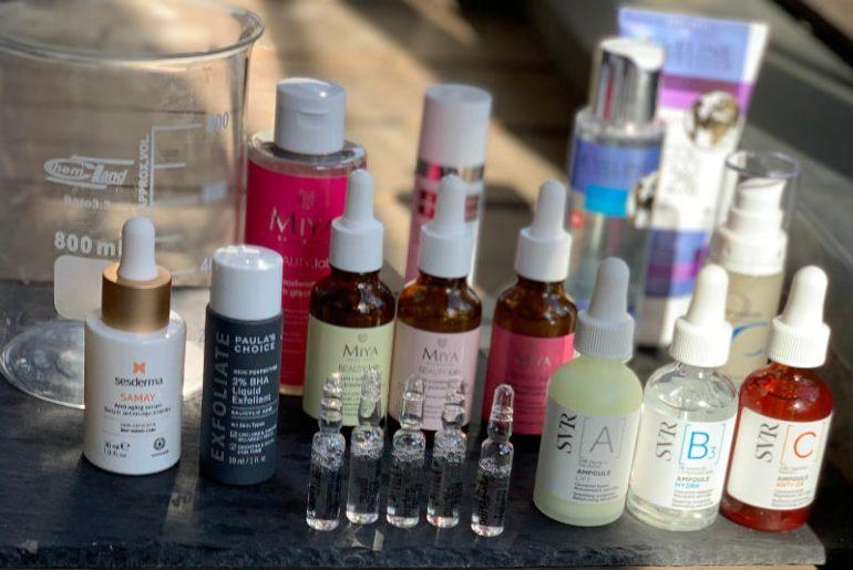 Wiosenne kuracje dla skóry, które przypominają te u kosmetyczki, dziś są dość proste do wykonania, bo dostępnych jest wiele świetnych preparatów z kwasami i innymi substancjami aktywnymi takimi jak antyoksydanty czy retinol