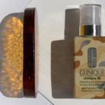 Krem-żel BB Clinique iD Dramatically Different Moisturising BB-gel Clinique to zupełnie inny niż wszystkie produkt, który bardzo subtelnie koloryzuje skórę dopasowując się do jej naturalnego kolorytu