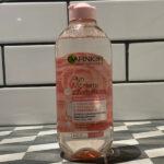 Płyn Micelarny z Wodą Różaną Garnier. Super oczyszcza i nie podrażnia